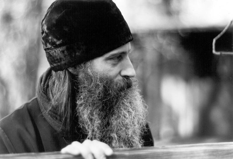Părintele Serafim Rose: V-ați întrebat oare vreodată cum ați supraviețui dacă ați fi aruncați în închisoare?