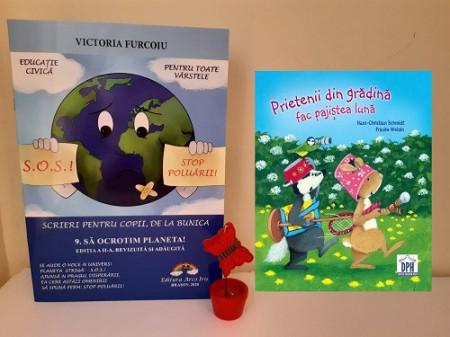 Pachet promo Pamantul: o carte de poezii si o carte integral cartonata cu povesti despre importanta protejarii planetei
