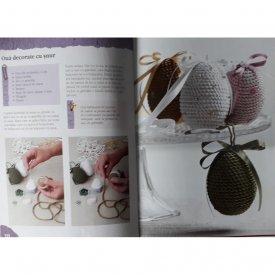 Decoratiuni florale de pasti - interior
