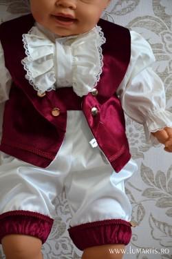 Costum botez Micul Marchiz, Burgundy