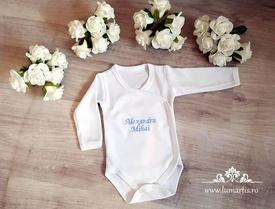 Body brodat cu numele bebelușului - B01