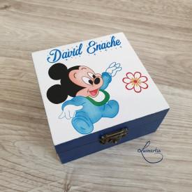 cutiuta din lemn personalizata