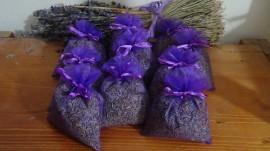 10 sacchetti di organza viola con circa 20gr di lavanda 10x13 cm