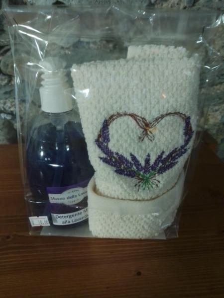 500 ml detergente mani lavanda con asciugamano ricamato 40x60 cm
