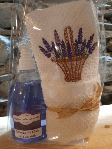 500 ml detergente mani lavanda con asciugamano ricamato cesto 40x60 cm