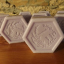 10 saponette artigianali esagonale lavanda 100gr in sacchetto di organza