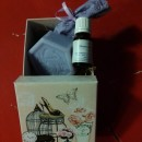 scatolina cartone quadrata con saponetta lavanda 100gr + essenza lavanda 10ml + sacchetto lavanda