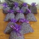 10 sacchetti di organza viola con circa 6gr di lavanda 6x8 cm