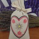 sacchetto cotone ricamato con circa 70 gr di lavanda montagna cuore con stella alpina