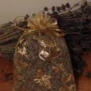 sacchetto lavanda in organza giallo con stelle e campane natalizie 10x13 cm circa
