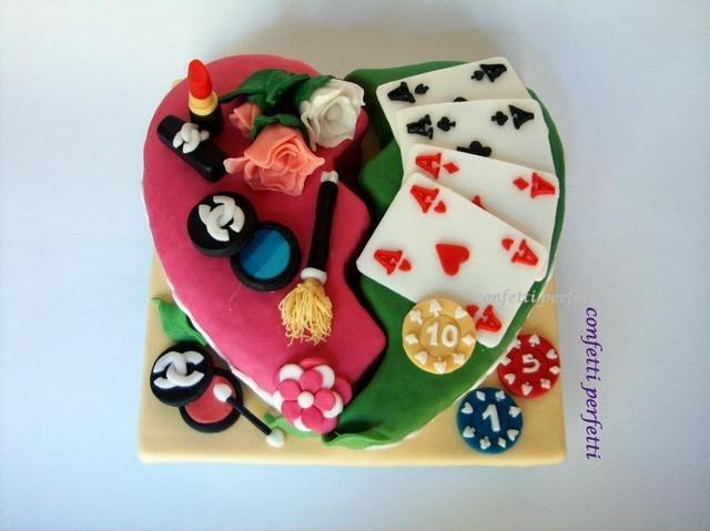 Torta Decorata In Pasta Di Zucchero Poker E Trucco
