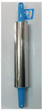 Mattarello colorato con rullo indipendente in acciaio.