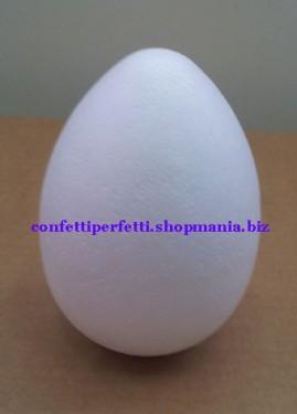 Uovo in polistirolo.
