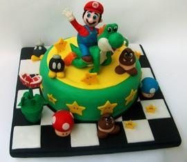 Torta decorata in pasta di zucchero Mario Bros 2