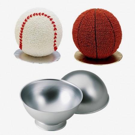 Teglia Tonda.Pallone Sport. Set di 2 Stampi anche Calcio in 3/D con base per cottura. Wilton