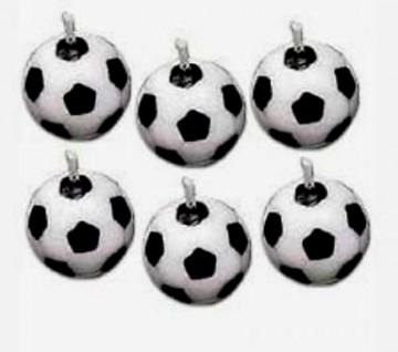 Set di 6 Candeline a forma di pallone da calcio. Wilton