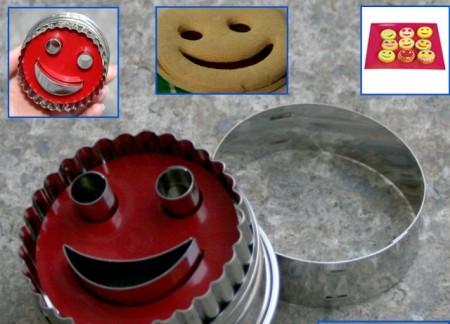 Smile. Tagliapasta per biscotti con timbrino Smile