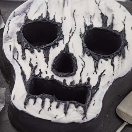Teschio Halloween. Stampo Tortiera antiaderente. Wilton immagini
