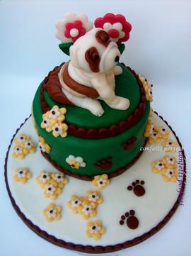 Torta decorata in pasta di zucchero Cagnolino