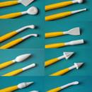 8 attrezzi con 16 utilizzi diversi per modellare la Pasta di zucchero