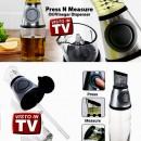 Dispenser dosatore a pressione per olio, aceto e altri liquidi.