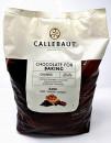 Chocolate chunks. Cioccolato fFondente a pezzi per la cottura. Callebaut