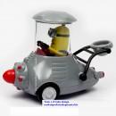 Modellino in PVC e metallo di Minion nel suo veicolo speciale. Despicable Me.