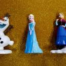 Spettacolare set Frozen di 3 Statuine Elsa Anna e Olaf in resina lucida e Strass. Car Bomboniere Originale Disney