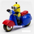 Modellino in PVC e metallo di Minion in moto. Despicable Me.