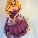 """Torta decorata in pasta di zucchero """"Barbie"""""""