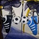 Set di Portachiavi Scarpetta calcio con Pallone in Resina Collezione Bomboniere Car.