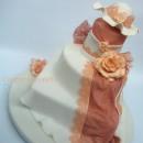Torta decorata in pasta di zucchero Pizzo e Merletti.
