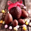 9 cm. Uovo di Pasqua di Cioccolato con Venature. Doppio stampo in policarbonato