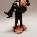 Cake Topper 3/D Sposi in braccio Maschi Gay Arcobaleno. In Resina