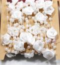 Filo perle con rose Bianche per decrazioni