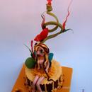 Torta decorata in pasta di zucchero Fatina