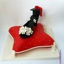 Torta decorata in pasta di zucchero Scarpetta e Laurea