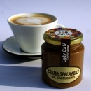 Crema spalmabile al Cappuccino spalmabile di qualità superiore.