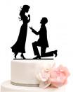In ginocchio. Cake Topper Sposi. Silhouette sagoma nera