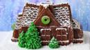 Grande Casa con alberi e camino. Grande Tortiera in silicone
