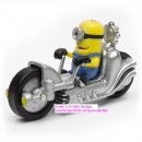 Modellino in PVC e metallo di Minions in Dragster moto. Despicable Me.