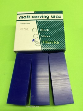 CERA PER MODELLAZIONE MATT A FETTE BLUE/ WAX CARVING SLICES BLUE immagini