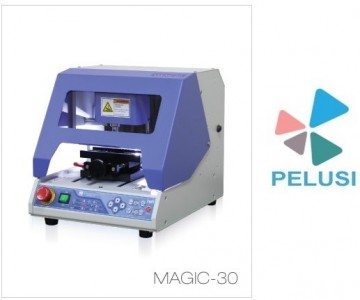 MAGIC 30 INCISORE ELETTRONICO PER INCISIONI E TAGLIO OGGETTI PIANI/ MAGIC 30 ENGRAVE AND CUTTING MACHINE