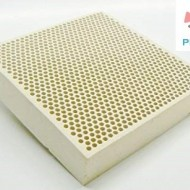 TAVOLE FORATE A NIDO D'APE ISOLANTE PER SALDARE/HONEY CERAMIC PLATE REFRACTORY MATERIAL FOR WELDING