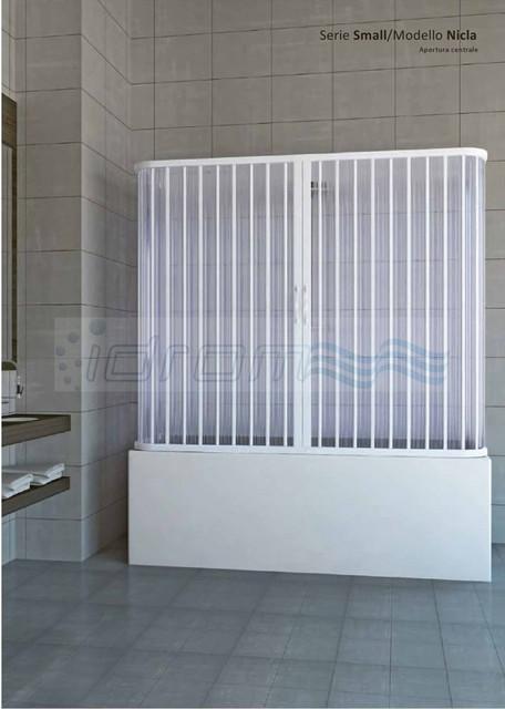 Box sopravasca 3 lati in pvc con apertura centrale idanac for Box doccia tre lati leroy merlin