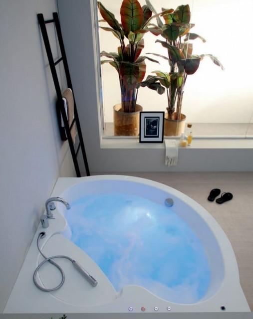 Vasca da bagno fantasy - Bordo vasca da bagno ...
