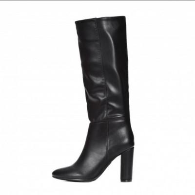 Ženske čizme na stiklu LX562032 crne