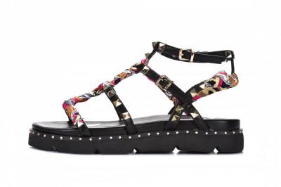Ženske sandale na debelom djonu LS782102 crne