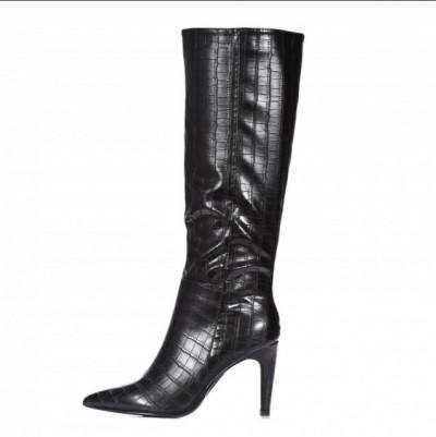 Ženske čizme na stiklu LX562002 crne kroko