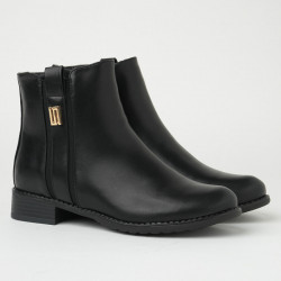 Ženske poluduboke ravne čizme CA610 crne